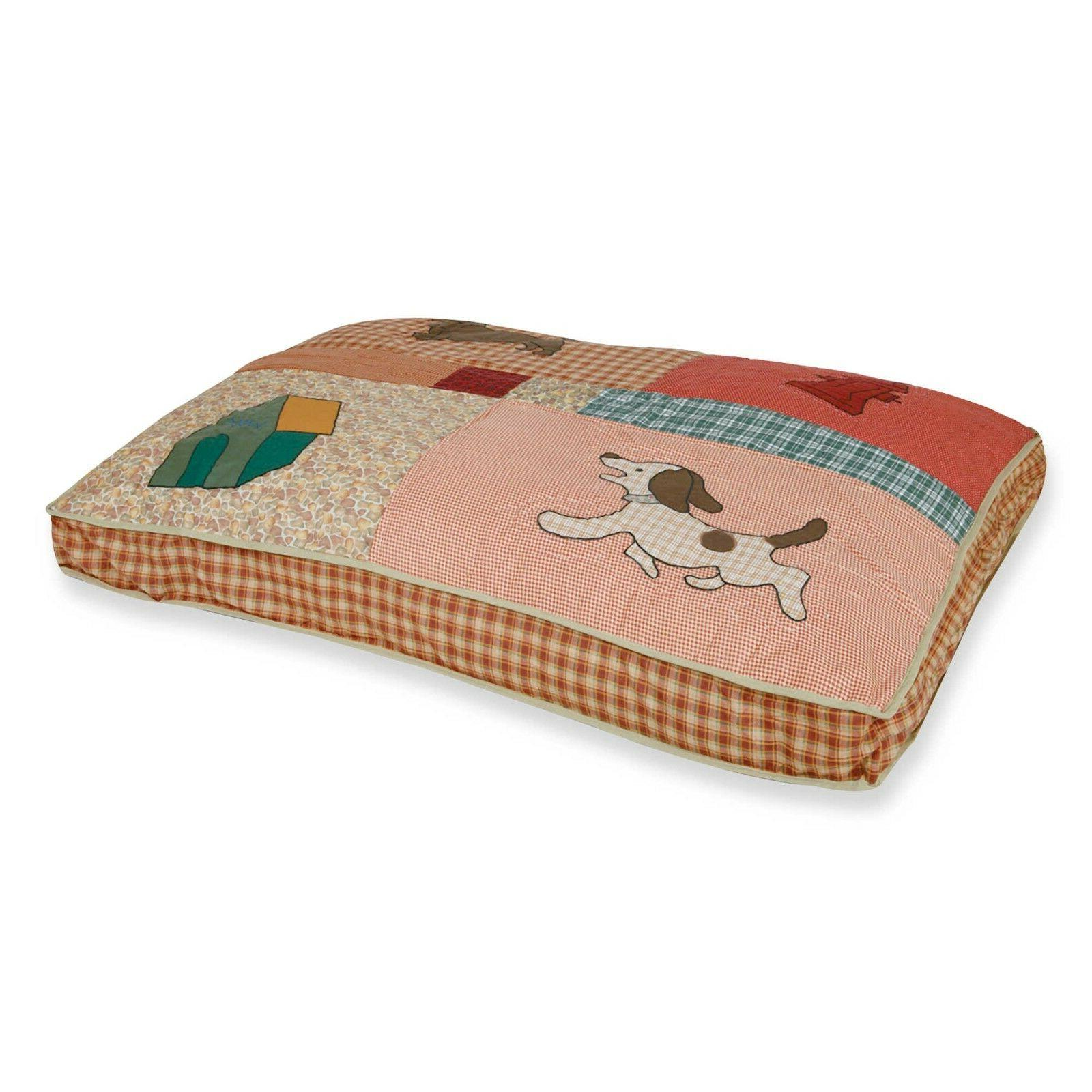 Petmate Applique Quilted Bed 40 Inch x 30 Inch