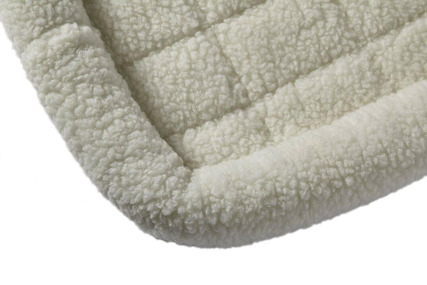 Pet And Cats , Polyester-Filled Bolster Inch