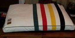 """Pendleton National Park Glacier Park Dog Bed size: 48""""L x 36"""
