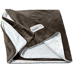 PetFusion  Premium Pet Blanket. Reversible Gray Micro Plush.